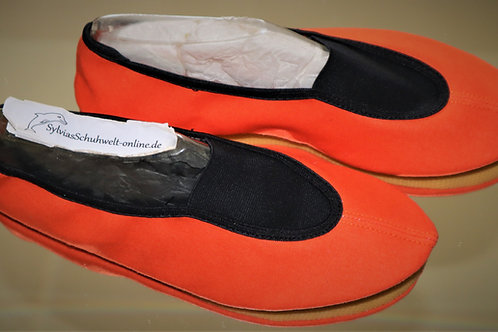 Turnschuhe BW orange