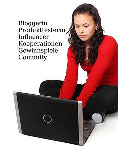 blogging-15968_1920a.jpg