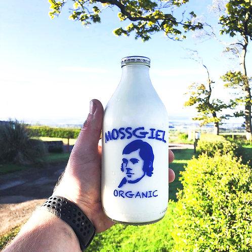 Mossgiel Milk - Semi Skimmed
