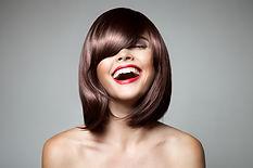 Perücke, kurze braune Haare, Frau, halblange Haare, Gesicht, Lippen