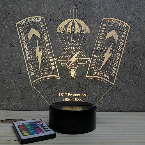 Lampe ENTSOA 18ème promo personnalisable 16 couleurs led RGB & télécommande