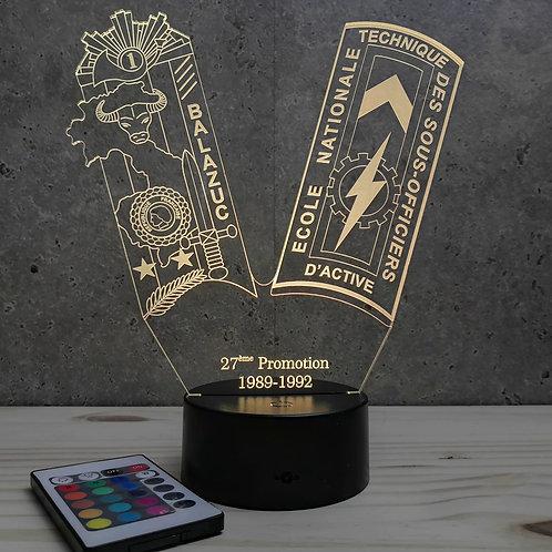 Lampe ENTSOA 27ème promo personnalisable 16 couleurs led RGB & télécommande