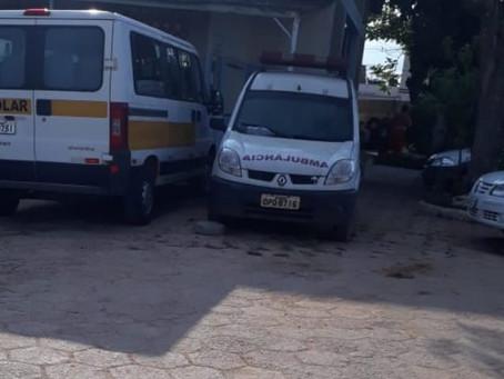 Dos 18 veículos com defeitos, parados no almoxarifado, 13 pertencem à Secretaria da Saúde