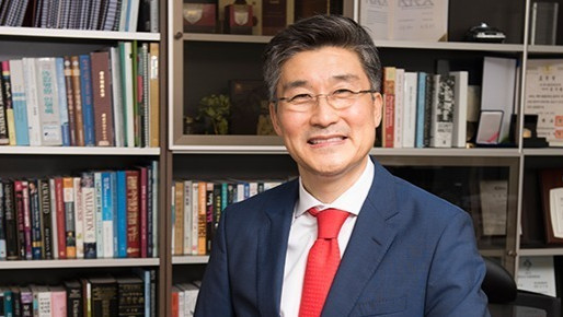 Issue 14 Ki-Young Sohn, Chairman and Chief Executive Officer at Enzychem Lifesciences, Corp.