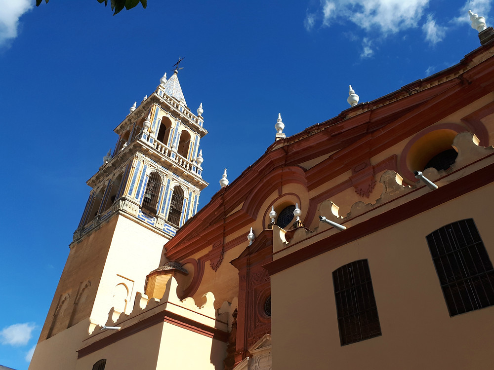 Kerk in de wijk Triana