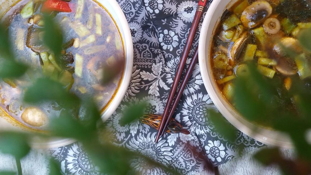 Vegetarische Oosters geïnspireerde soep.