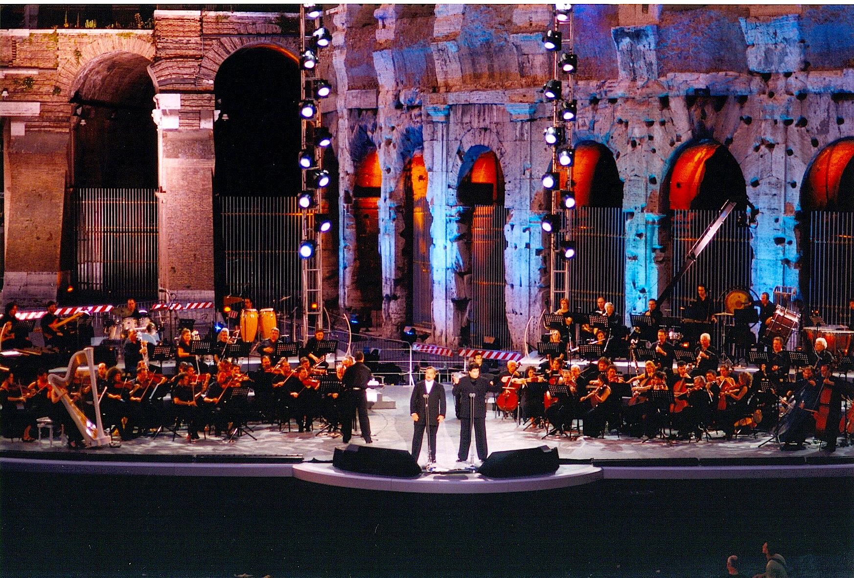 Duetto Tenori  Colosseo 1.jpg