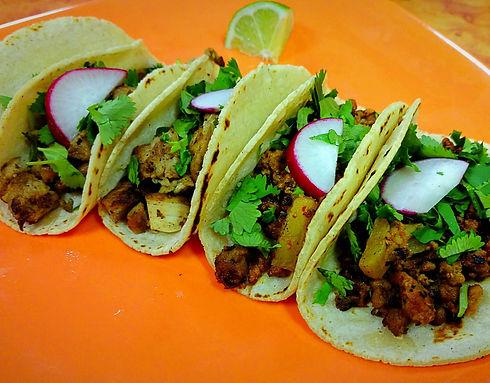 TacosDeAdobada_edited.jpg