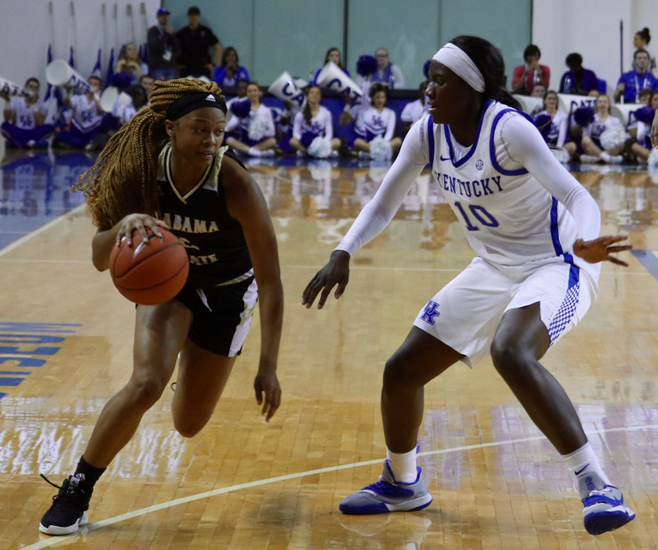 Coach's Corner - UK WBB opens the season with a win