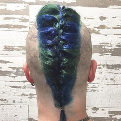 Why only do something half ass!_!_ Rather than having a half colorful #mohawk we went for the full c