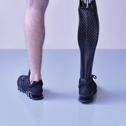 Prótese de perna em impressão 3D