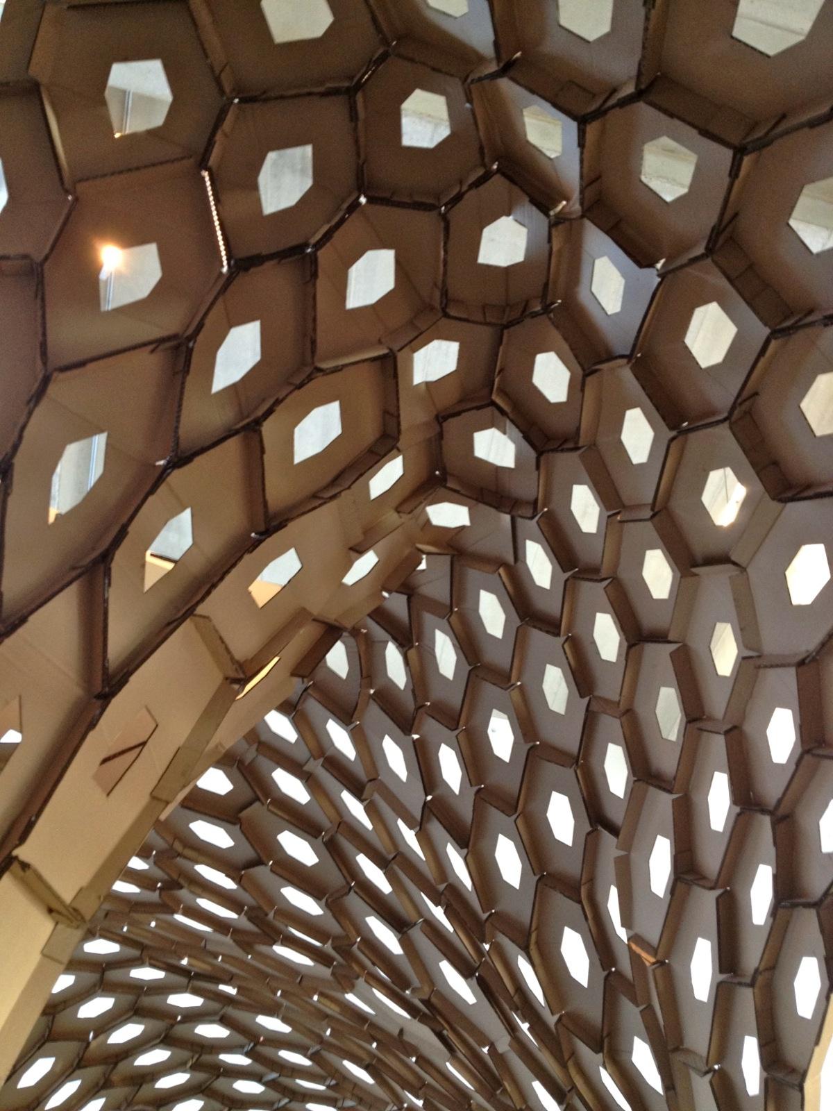 Interior Abrigo Paramétrico