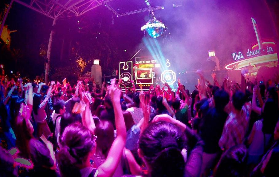 DJ toMU
