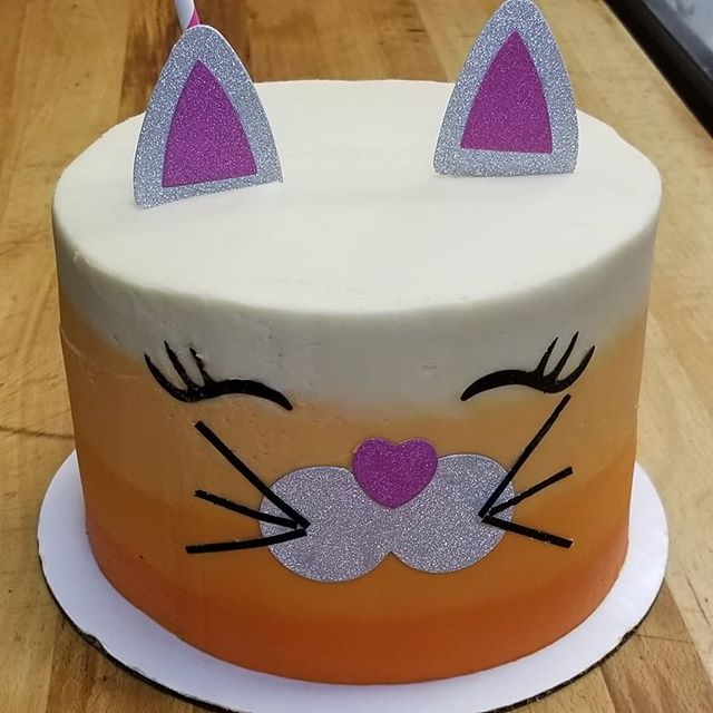A Little Kitty Cake