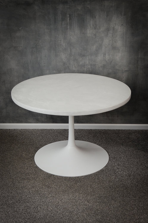 Refurbished retro tulip table