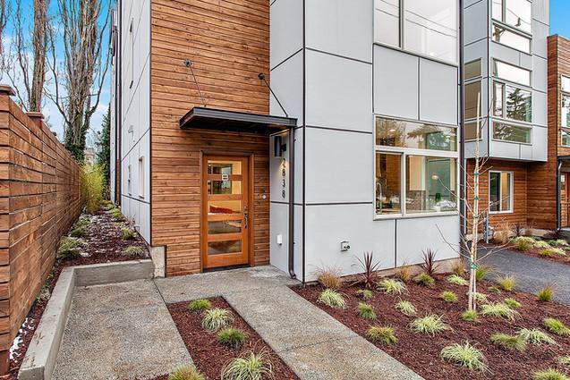 Horizontal Fence in Seattle, WA