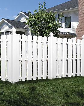 Semi Privacy Vinyl Fence in Edmonds, WA