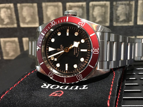 Tudor Black Bay Red 79220R