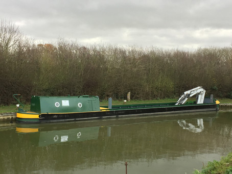 Barge Crane Rental: A Guide