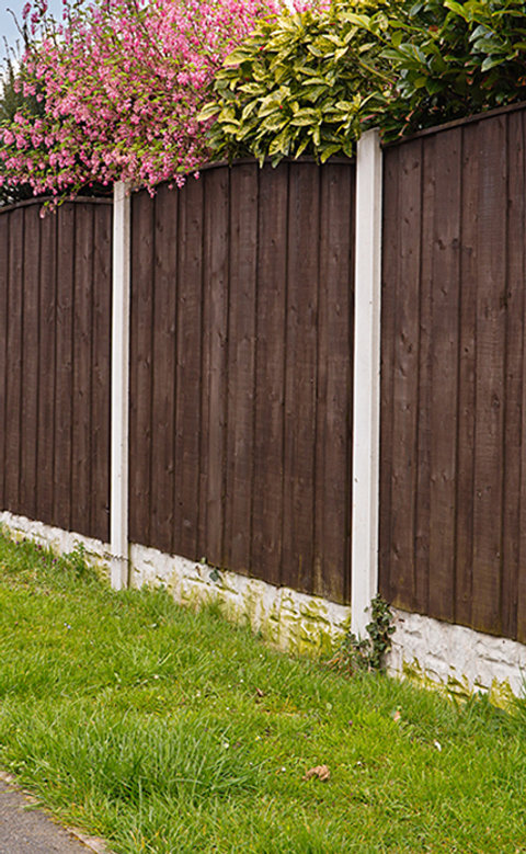Fence repairs and maintenance