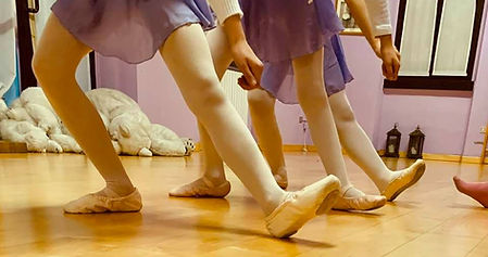 danzab1.jpg