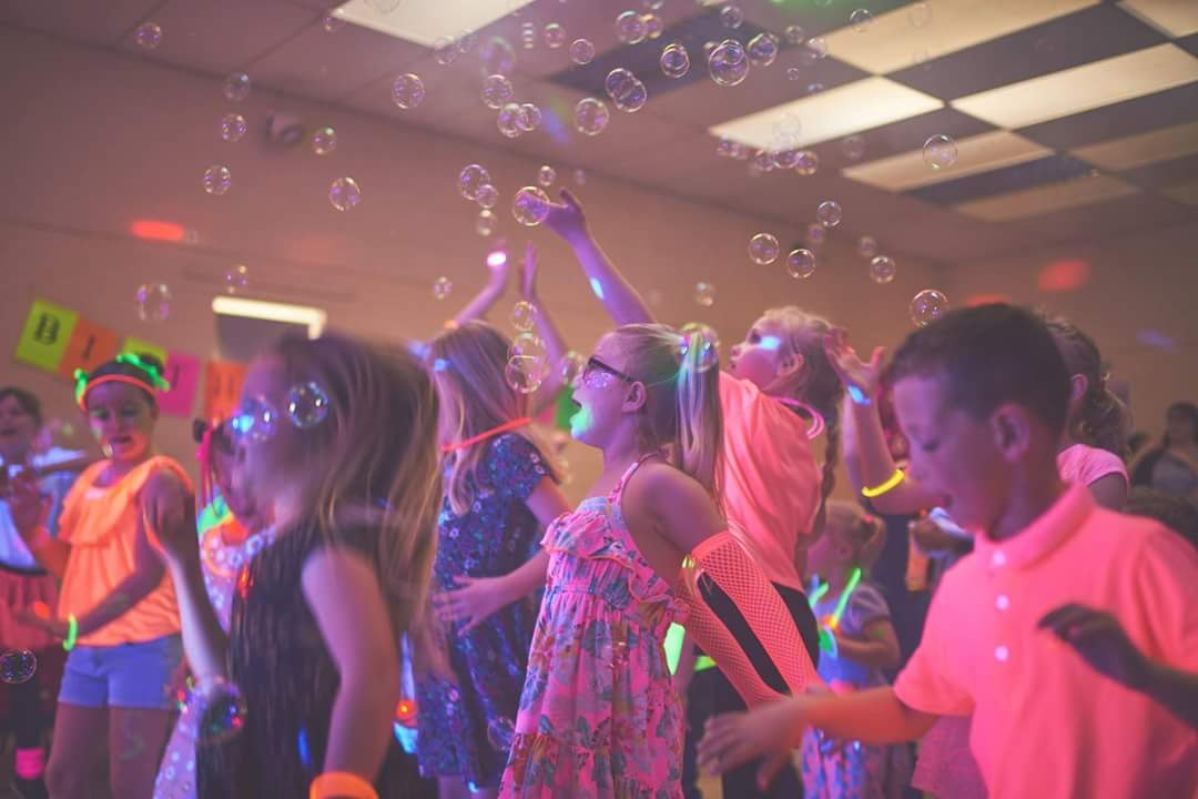 Kids DJ - Bubbles and fun