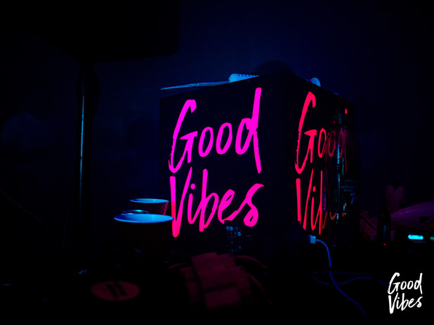 Signing for Good Vibes