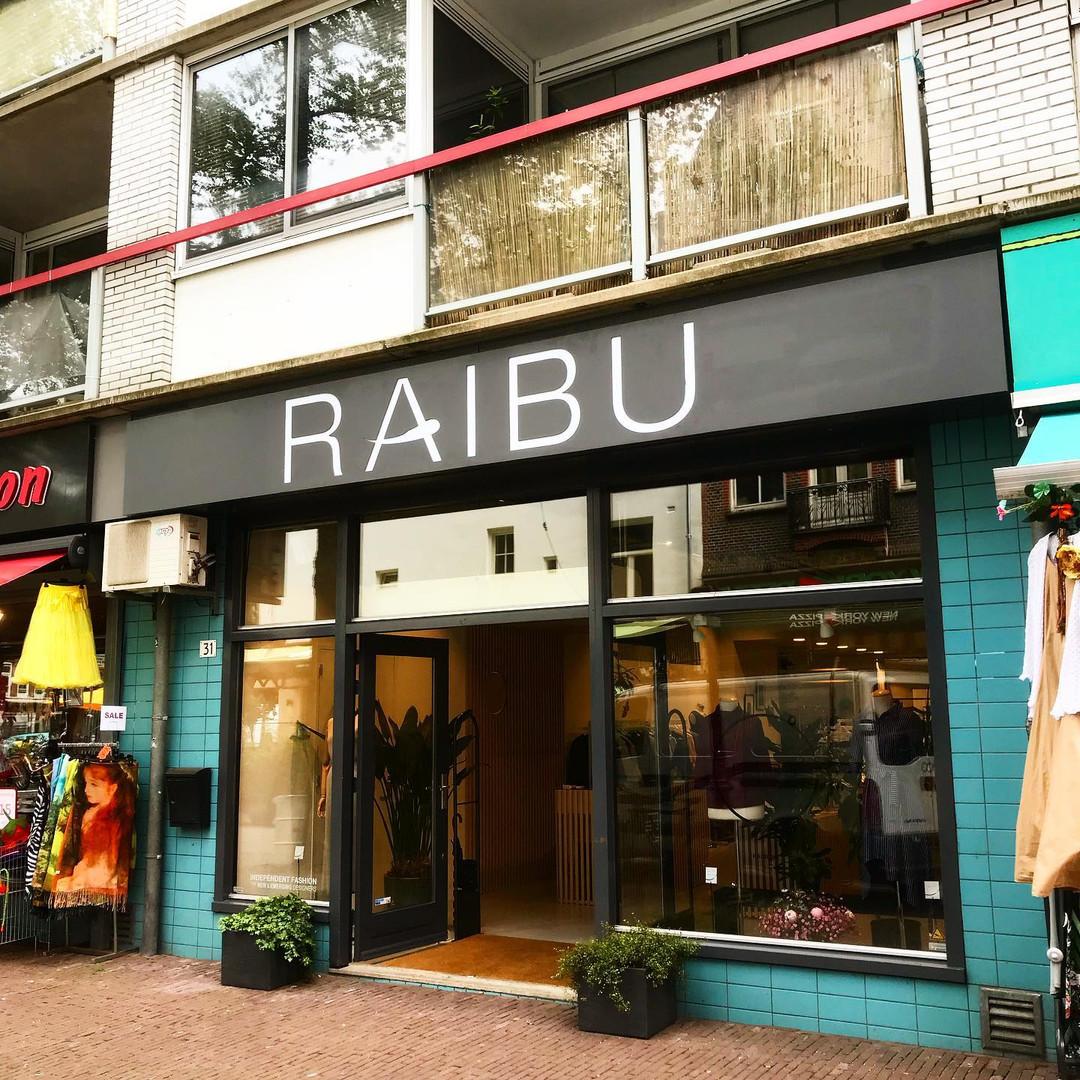 Raibu Facade
