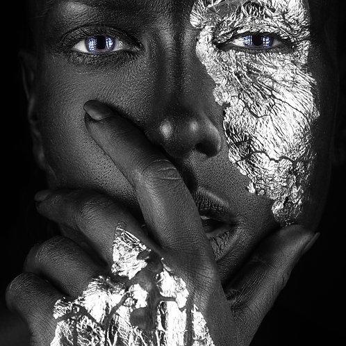 Noir Silver Hand