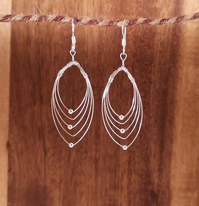 Light weight wire earrings