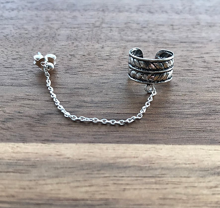 Thick Leaf Ear Cuff With Chain