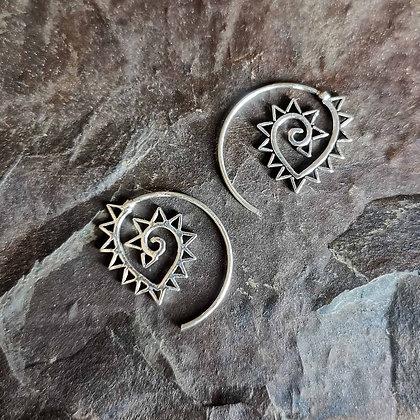 Spike Rimmed Spirals