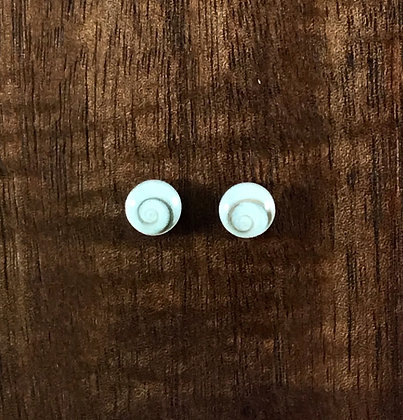 Shiva shell ear silver studs