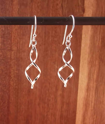 Simple Twist Drop Earrings