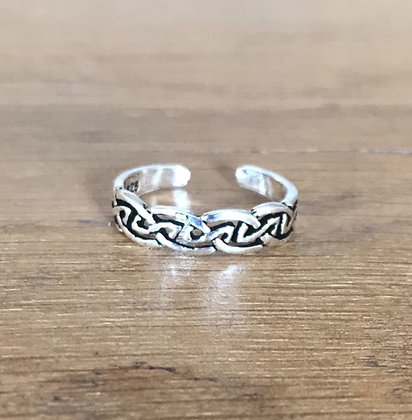 Celtic Silver Toe / Midi Ring