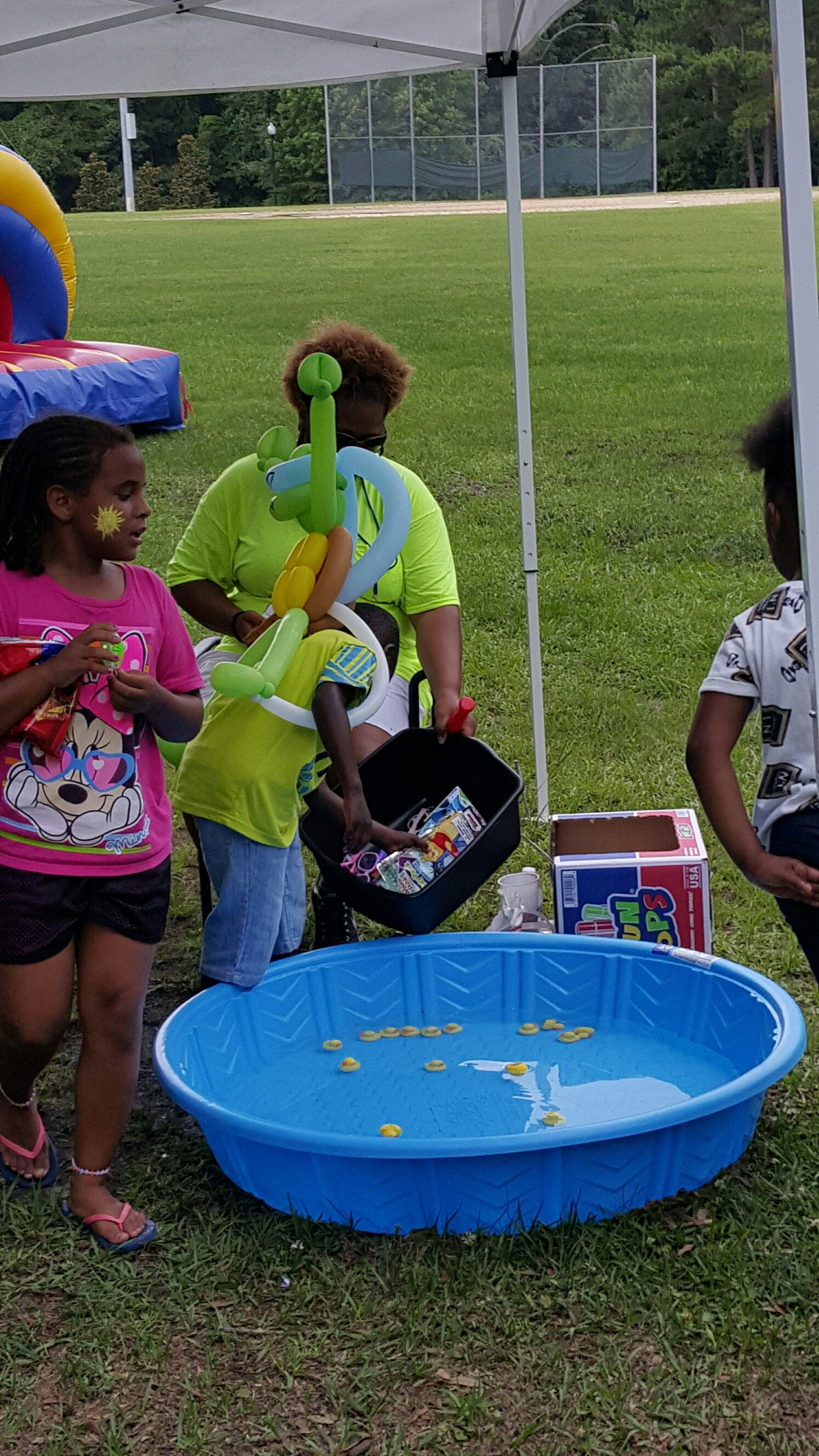 Kids Selecting Prizes