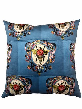 queenie bee patchwork square