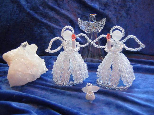 Engel aus Acrylperlen