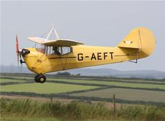 G-AEFT landing