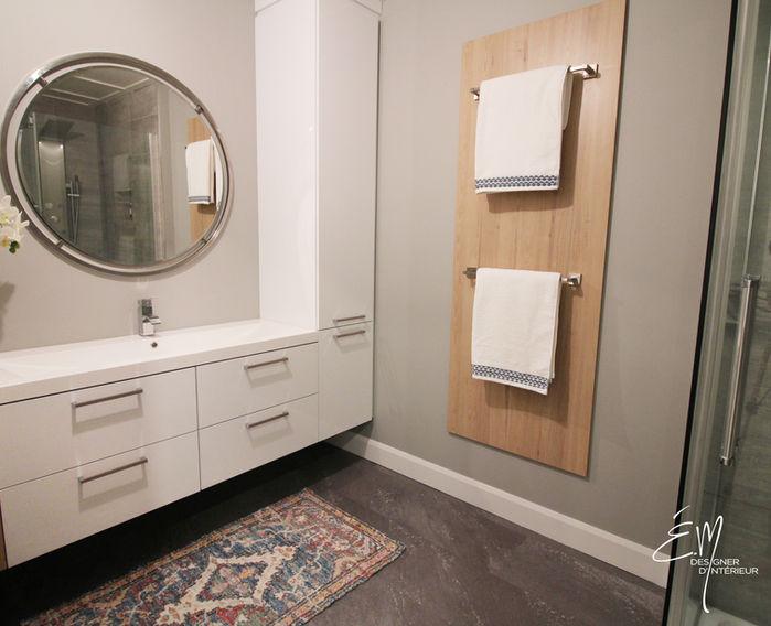 Vanité de salle et support à serviette décoratif