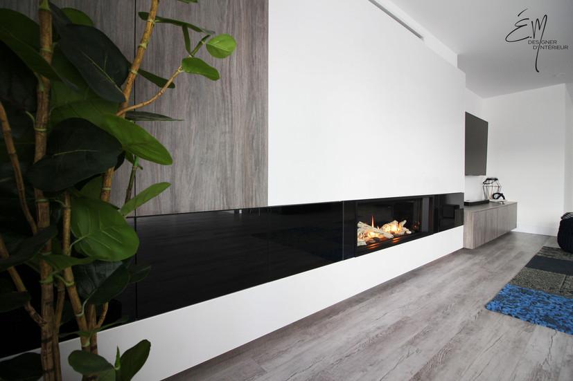 Unité mural et intégration d'un foyer