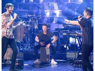 Alvaro Soler performed with Nico Santos last night on Late Night Berlin