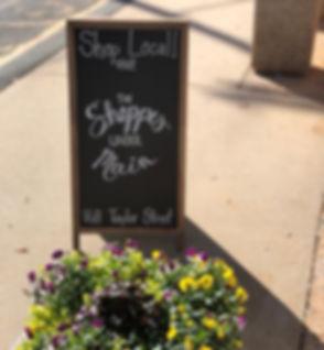 Shoppes Under Main Sign.jpg