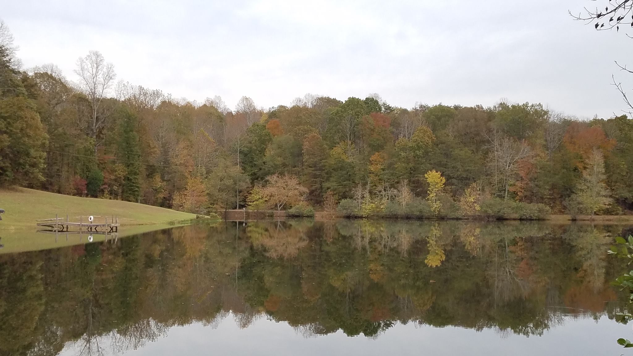 haw river lake in fall