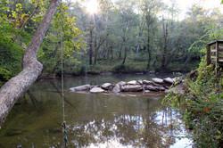 River rope swing