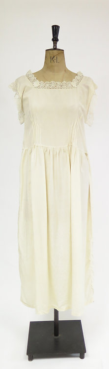 1920s Deco Cream Silk And Lace Dress
