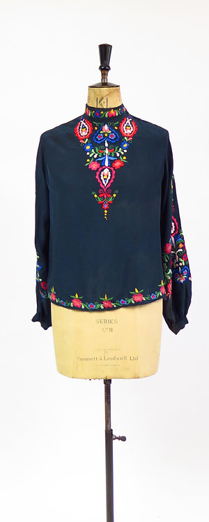 1930s Hungarian Hand Embroidered Peasant Blouse