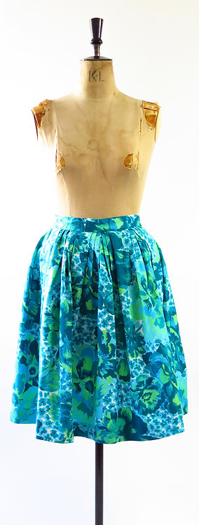 1970s Does The 1950s Skirt