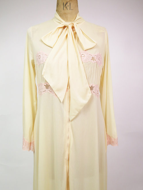 Vintage 1970s Cream With Pink Lace Lingerie House Robe