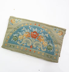 1930s fabric purse det 3.jpg